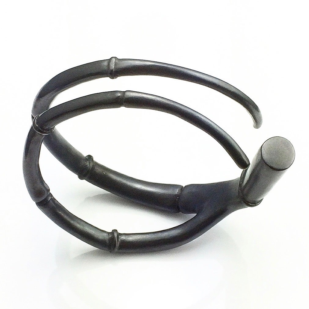Image of Black Tendril Branch Bangle Bracelet 02