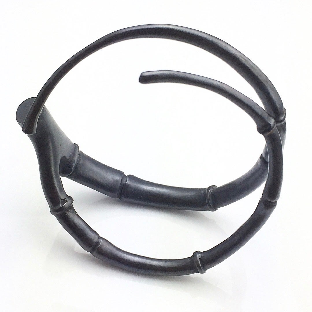 Image of Black Tendril Branch Bangle Bracelet 03