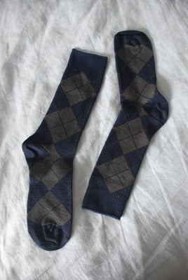 Image of Soft Merino Blend Dress Socks - Daylight