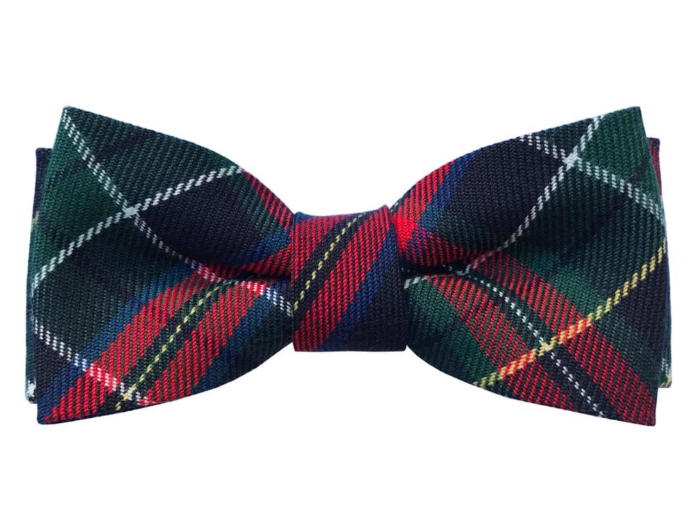 Image of Tartan pre-tied bow tie