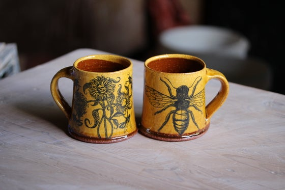 Image of Honey bloom ceramic mugs PRE ORDER
