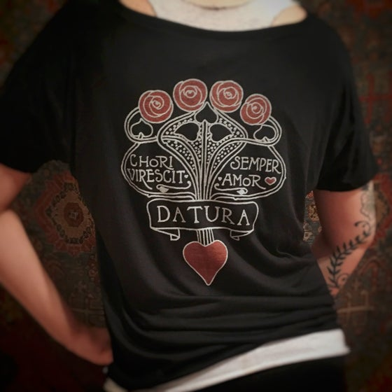 "Image of ""Daturamour"" Slouchy Tee"