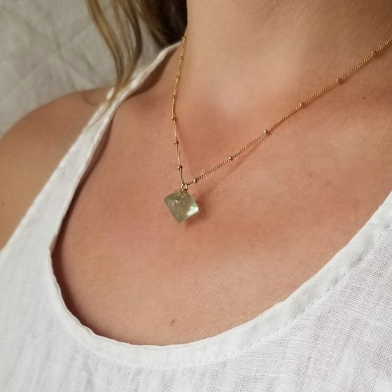 Image of Poise Light Green Necklace