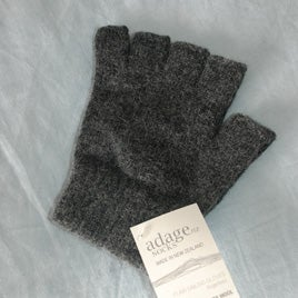 Image of Alpaca / Lambs wool Fingerless Gloves - Charcoal
