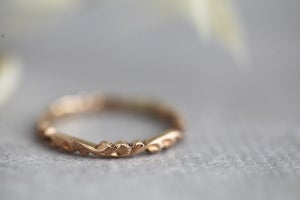 Image of 18ct rose gold 2mm floral carved ring