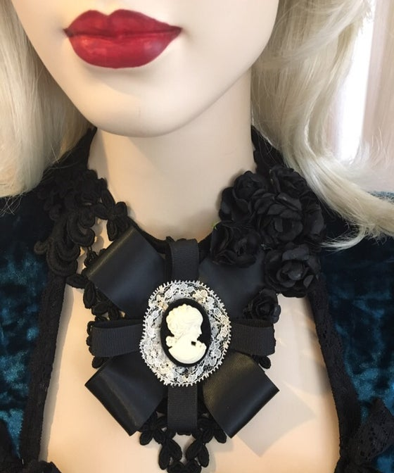Image of Black lace necklace with black and white cameo