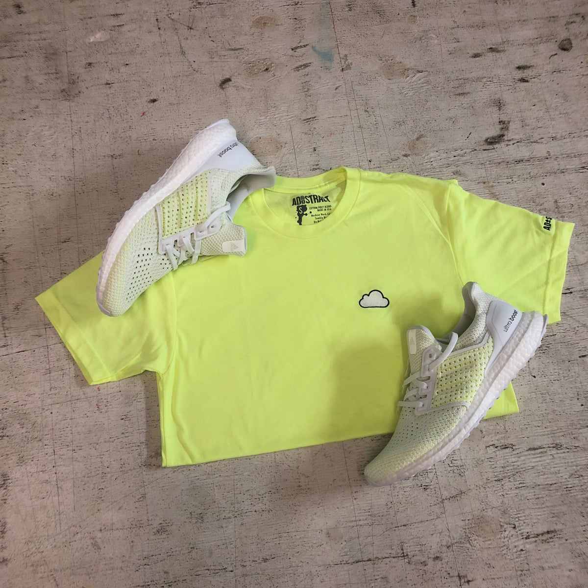Image of CLOUD (NEON YELLOW) EMBROIDERY T-SHIRT