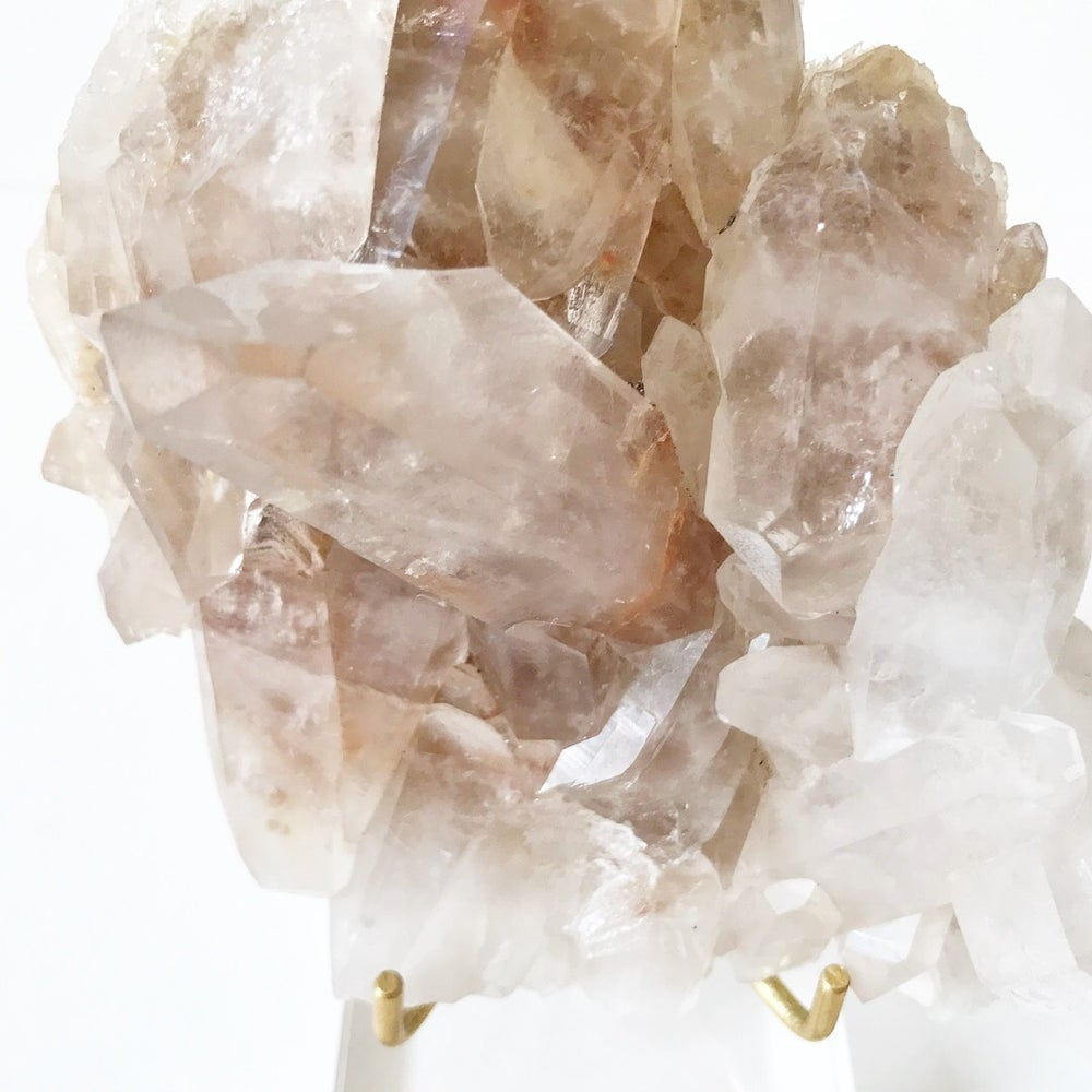 Image of Quartz no.263 + Lucite and Brass Stand Pairing