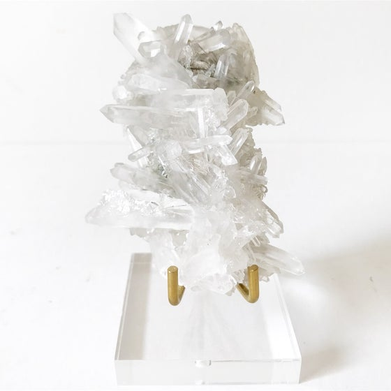 Image of Quartz no.211 + Lucite and Brass Stand Pairing