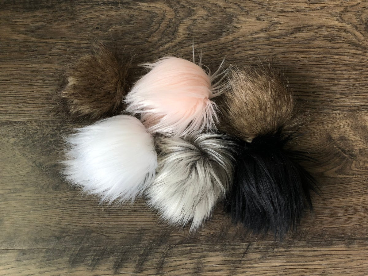 Image of MINI POM MYSTERY GRAB BAG