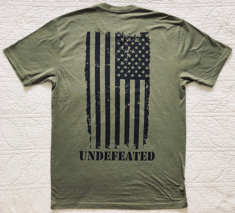 "Image of ""UNDEFEATED"" CREW NECK - MILITARY GREEN"