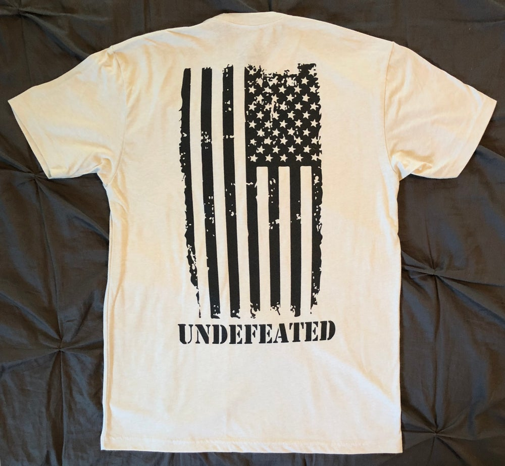 "Image of ""UNDEFEATED"" CREW NECK - SAND"