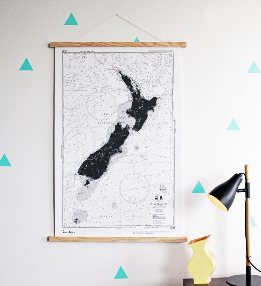 Image of New Zealand Map - Silver Fox