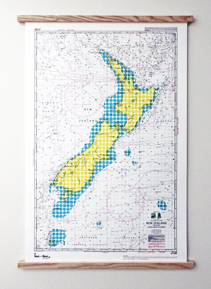 Image of New Zealand Map - Yellow Polka