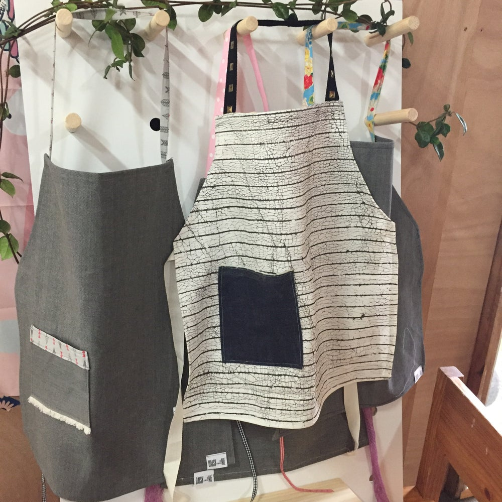 Image of Organic Cotton Apron - Handpainted in Zambia