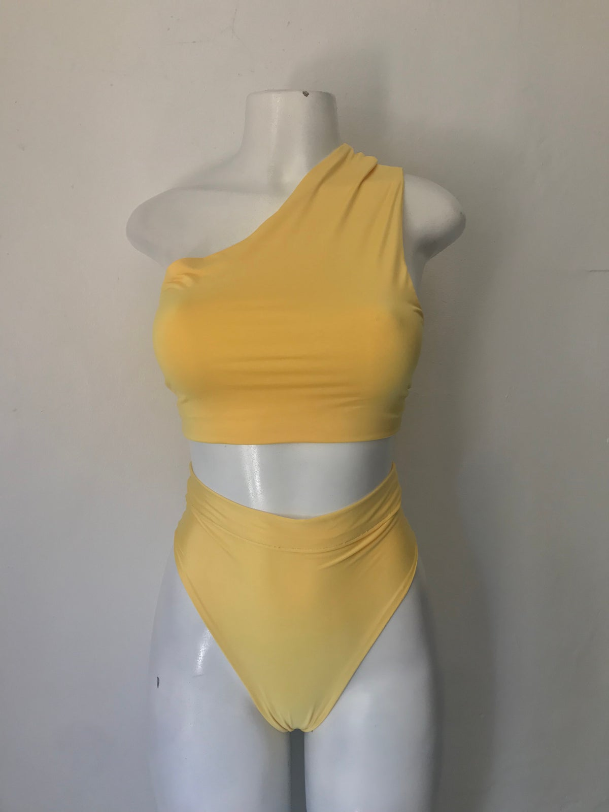 Image of Yellow 2 piece set