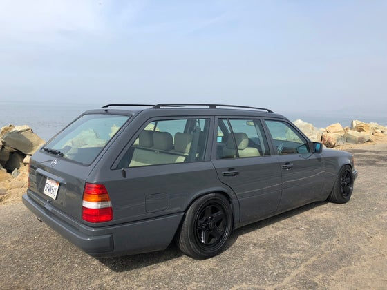 Image of 1994 Mercedes S124 Wagon