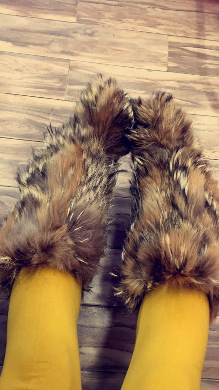 "Image of ""S'Kimo"" Fur Boots"