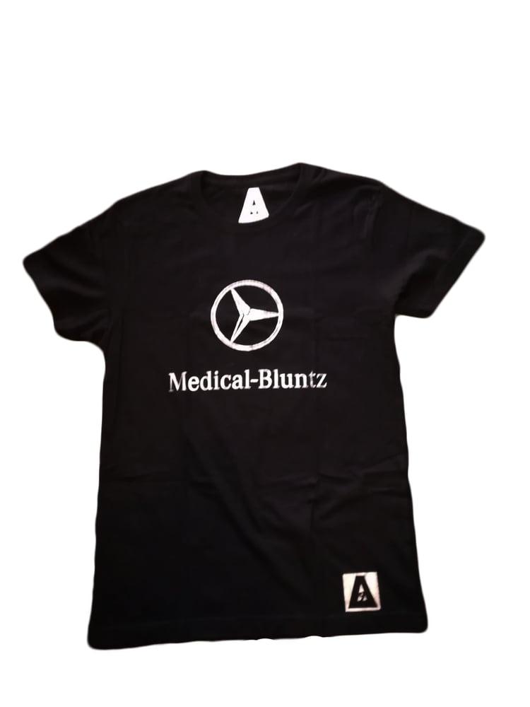 "Image of ΔELTA9INE ""MEDICAL-BLUNTZ"" T-SHIRT"