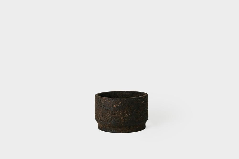 "Image of Charcoal 7.5"" Cork Planter"
