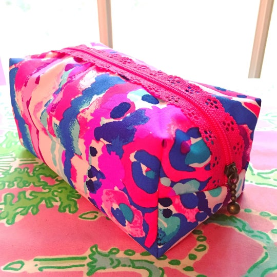 Image of Handmade Lilly Pulitzer Lace Zipper Boxy Pouch (small) -sorority gifts,