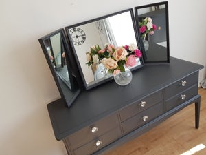 Image of Stag dressing table with triple mirror