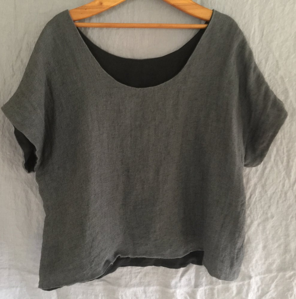 Image of reversible linen boxy top