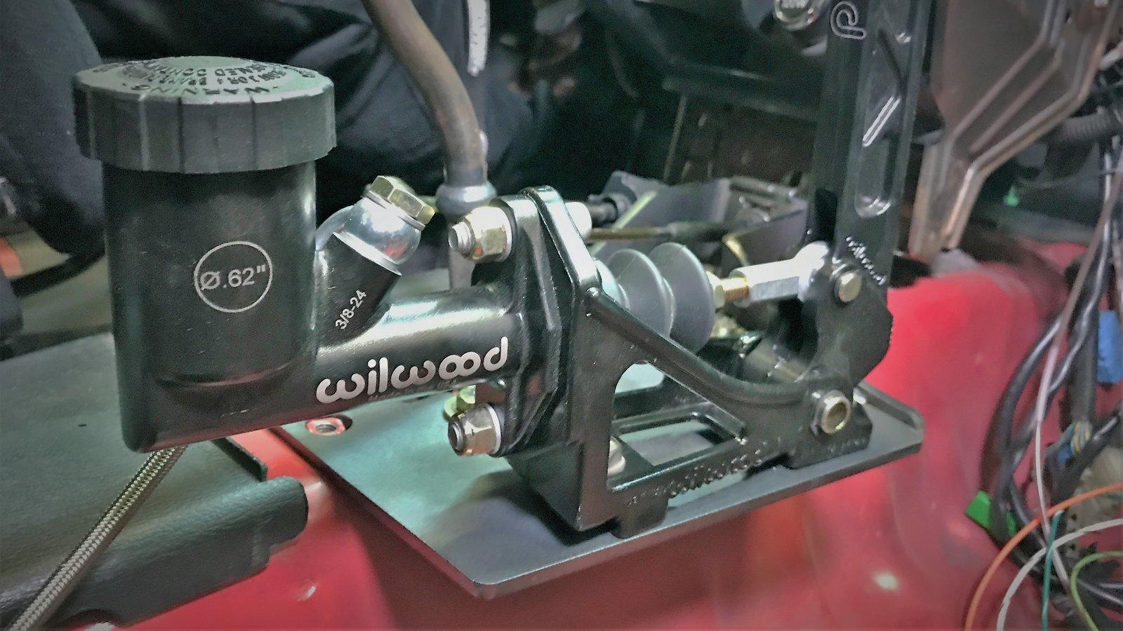 American Shifter 402631 Shifter TH200 8 E Brake Trim Kit for D6957