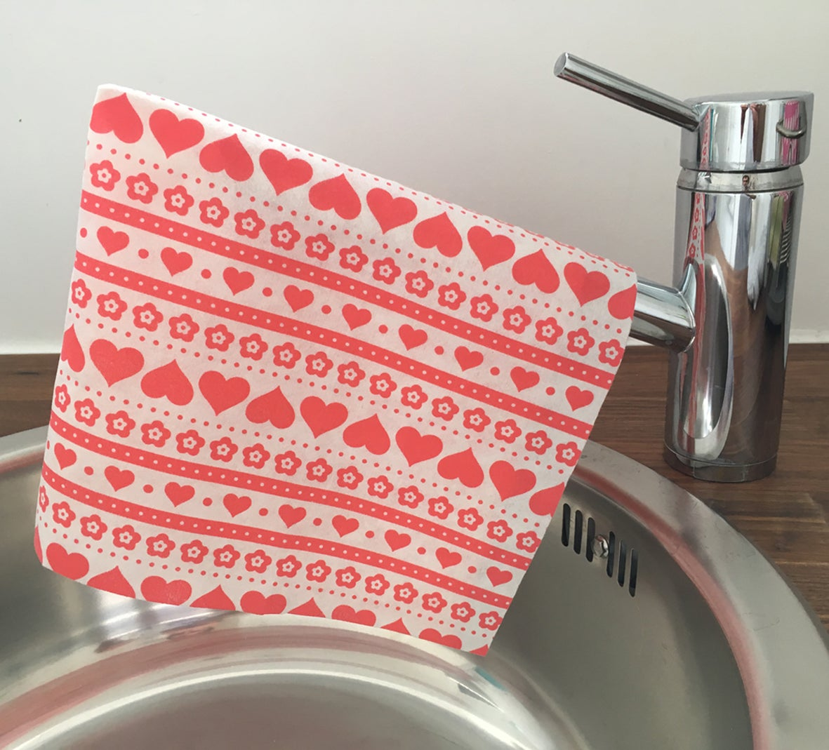 Image of Ultra Absorbent Cloths (Red 'scandi')- 12 x loose cloths