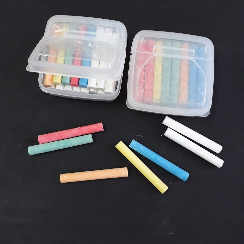 Image of Mixed Coloured Chalk (including white)