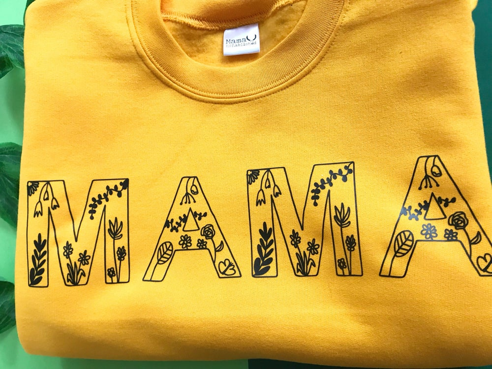 """Image of wildflowers""""MAMA"""" letter sweat"""