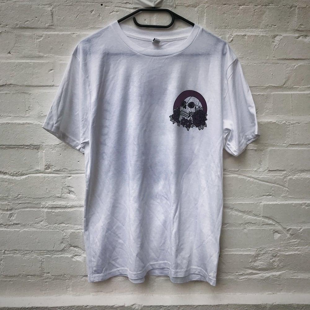 """Image of """"Skull"""" Shirt (white)"""