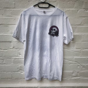 "Image of ""Skull"" Shirt (white)"