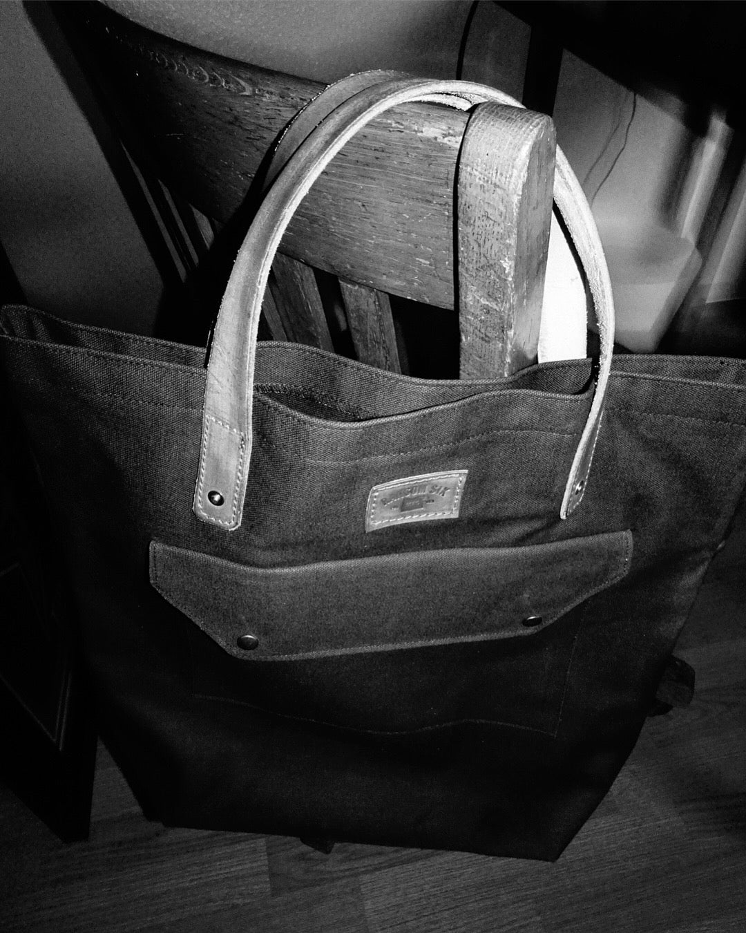 Image of Urban Hauler Totebag - Navy