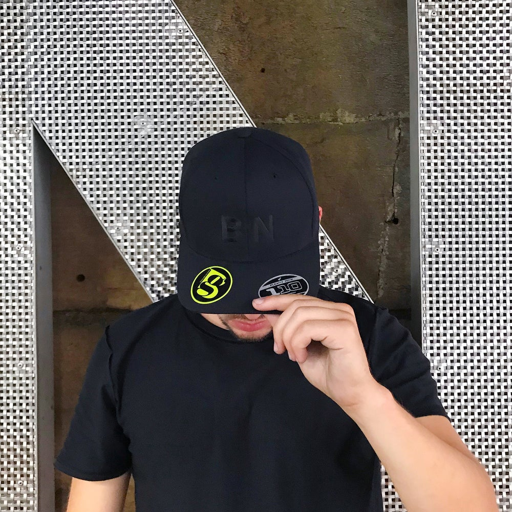 Image of B'N FranklinGothic Type Black/Black Stitch