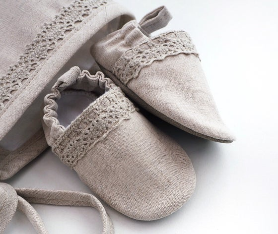Image of Natural linen lace handmade soft baby shoes