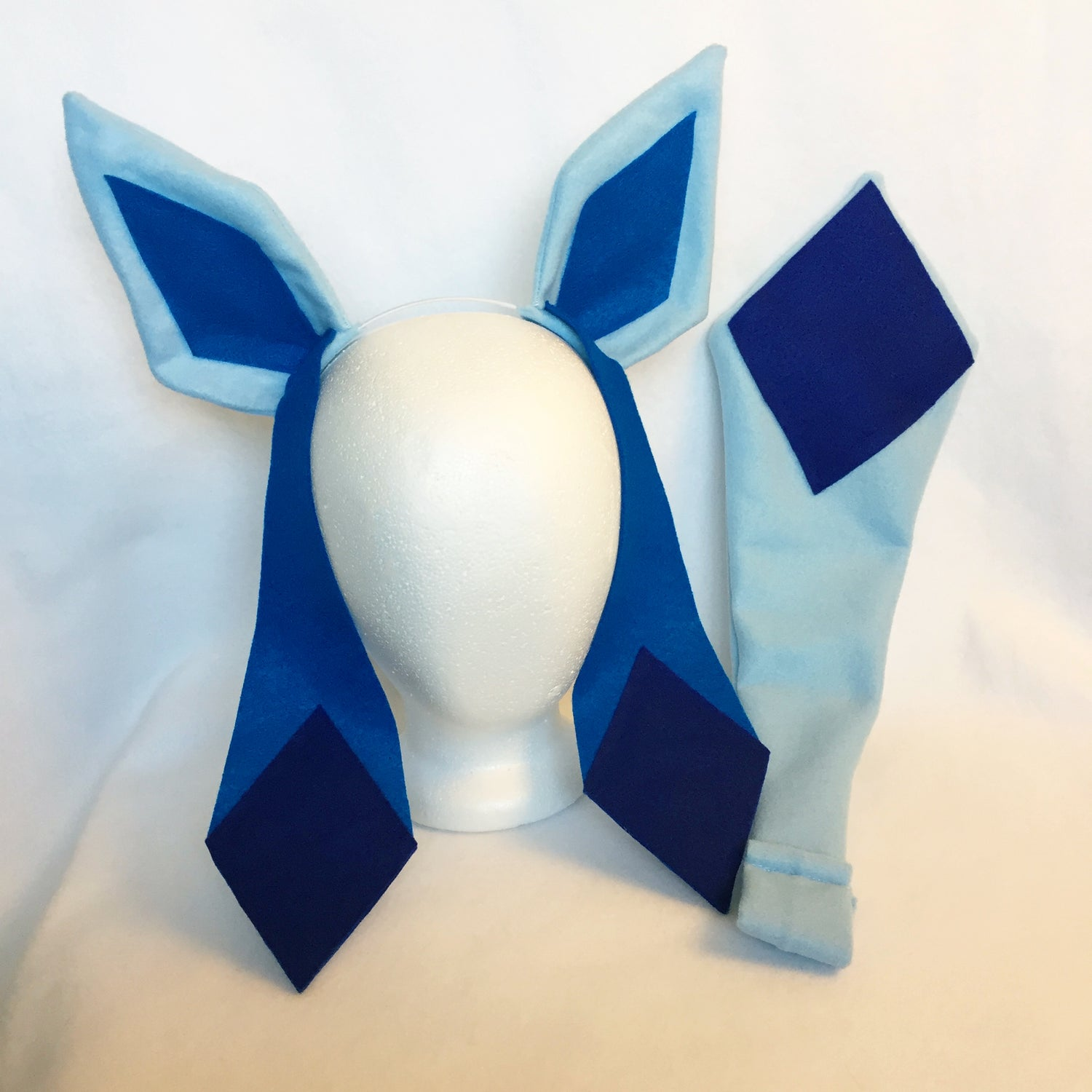 Glaceon Ears or Tail