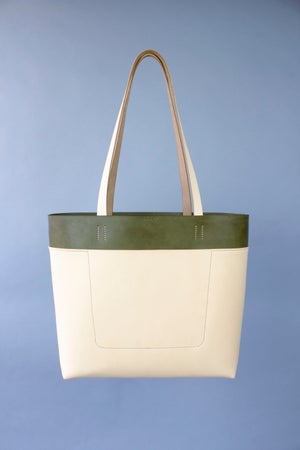 Image of Be Tote in Olive / Natural