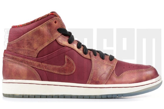 Image of Nike AIR JORDAN 1 MID BHM