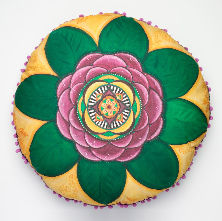 "Image of ""Spiritual connection"" - Damask Rose Meditation Cushion"