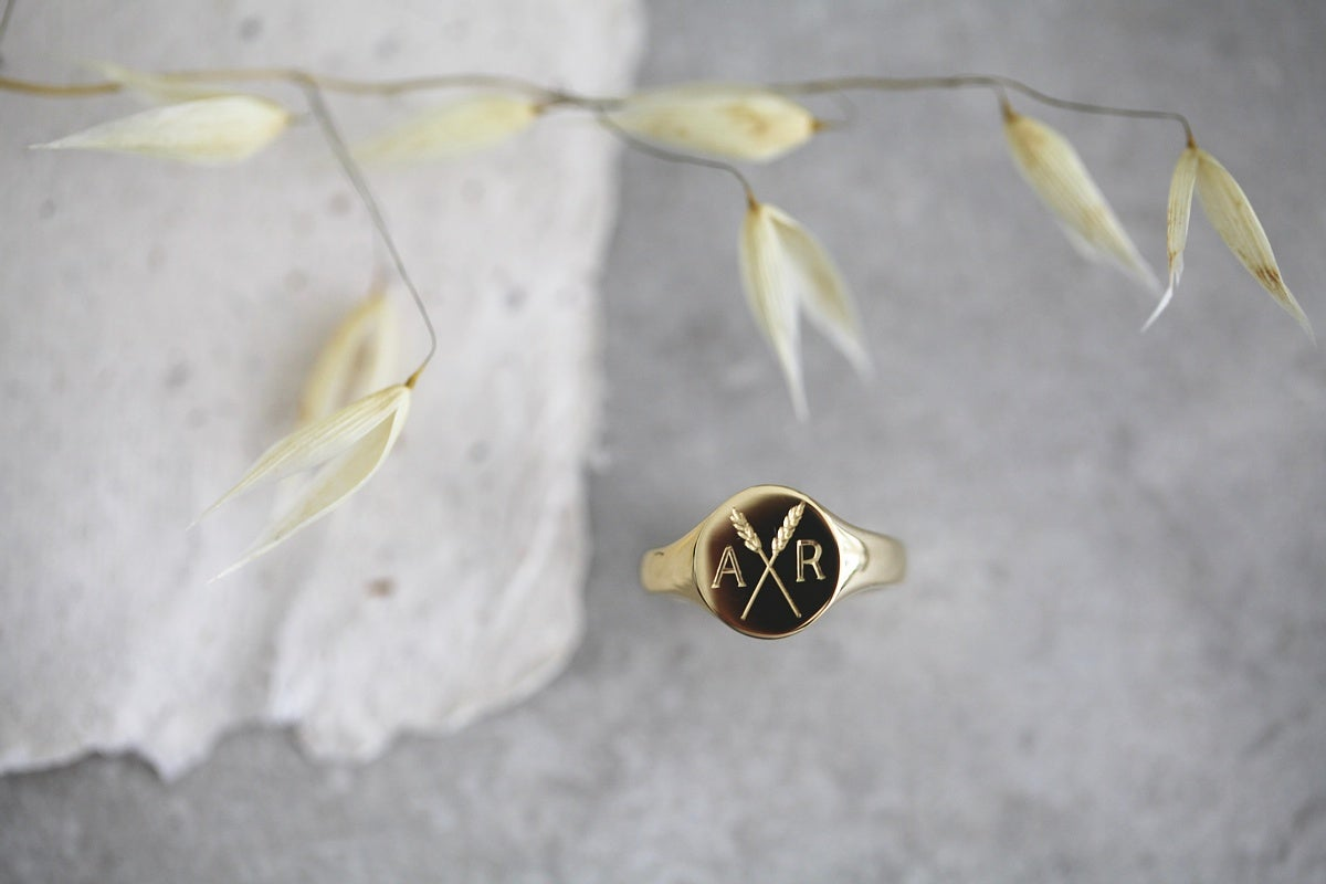 Image of *NEW* Personalised 'Barleycorn' signet rings in silver, 9ct or 18ct gold (Design Options)