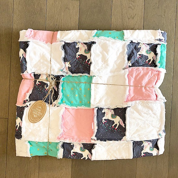 Image of Modern Rag Quilt- The Lux