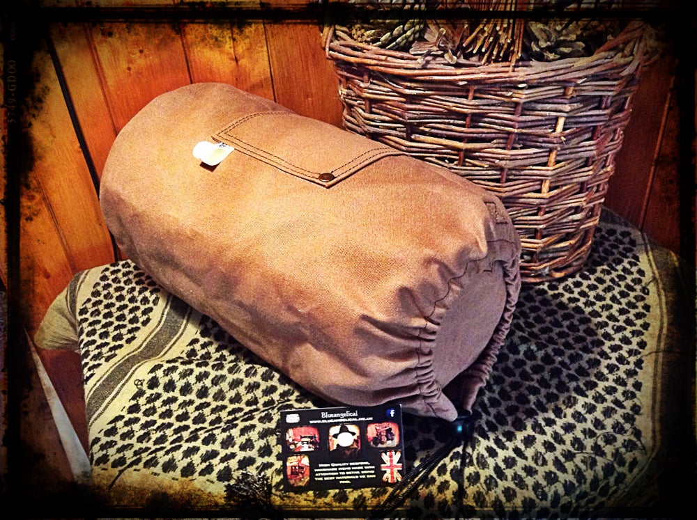 Image of Canvas Volcano Kettle Bags