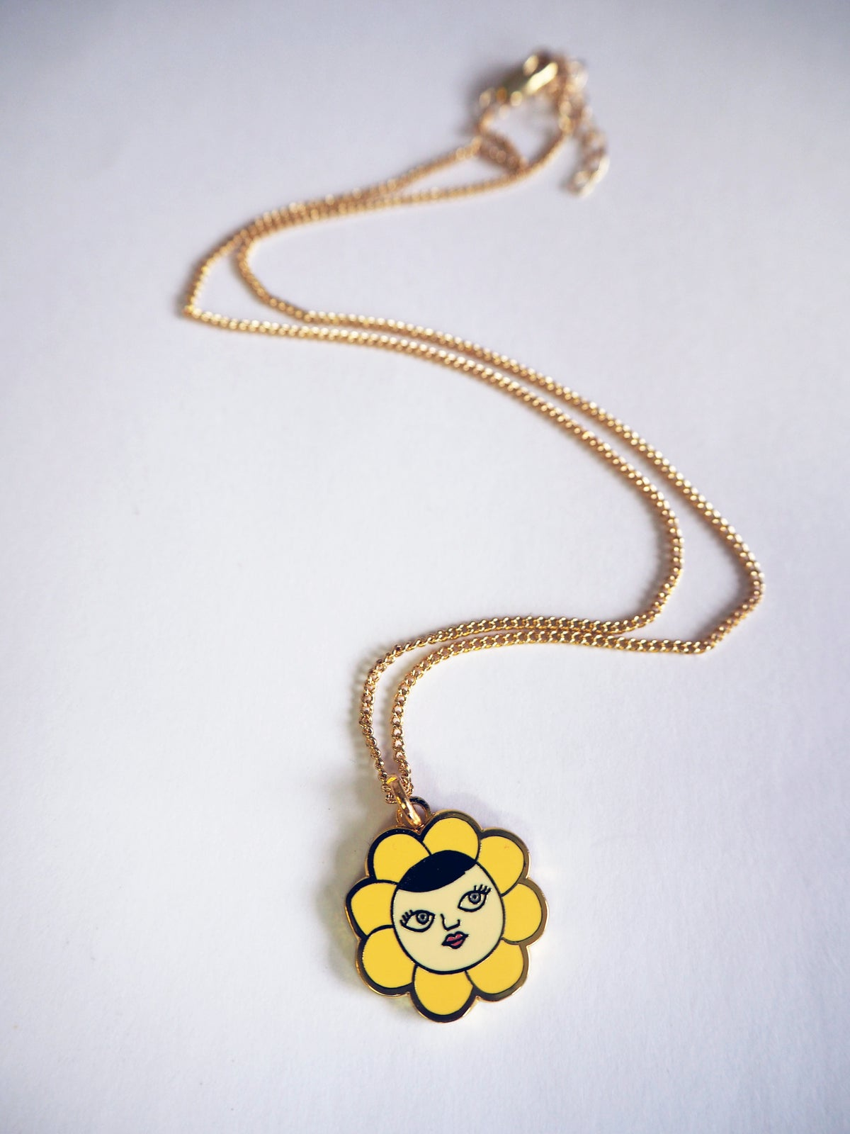 Flower Face Necklace