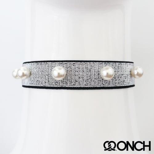 Image of Metalic Pearl Chokers