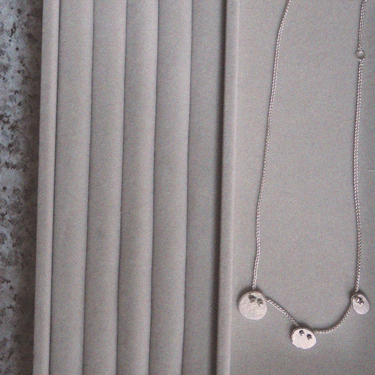 Image of Paola Three Pebble Necklace