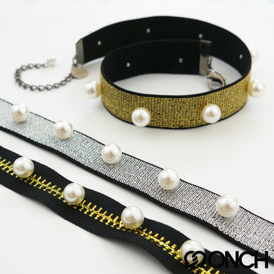 Image of Metalic Pearl Chokers