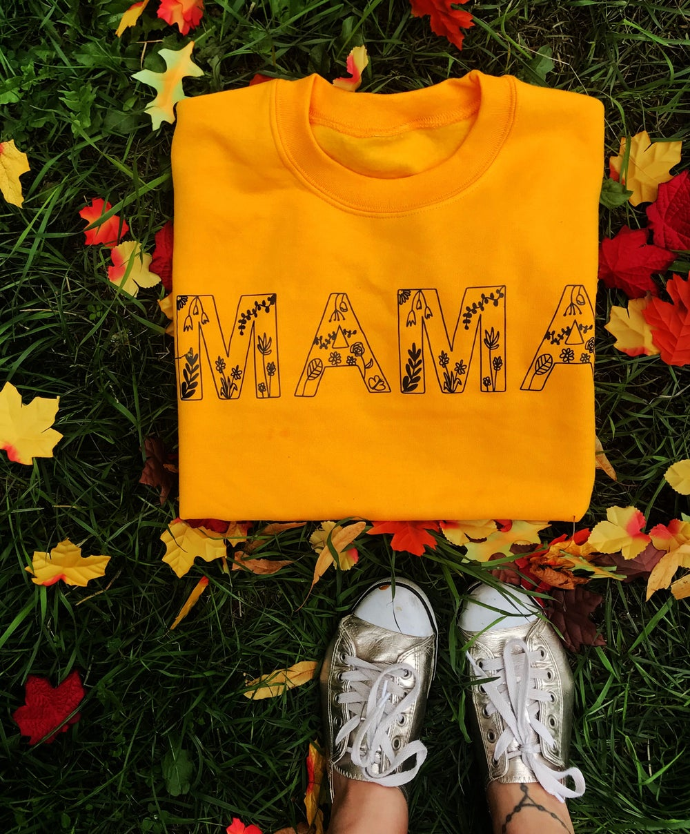 "Image of wildflowers""MAMA"" letter sweat"