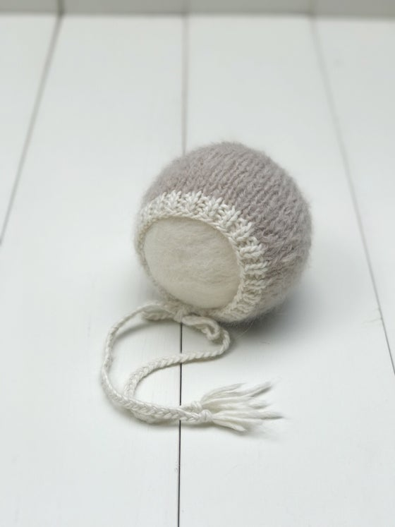 Image of Brushed Alpaca Bonnet - Taupe/Cream - RTS