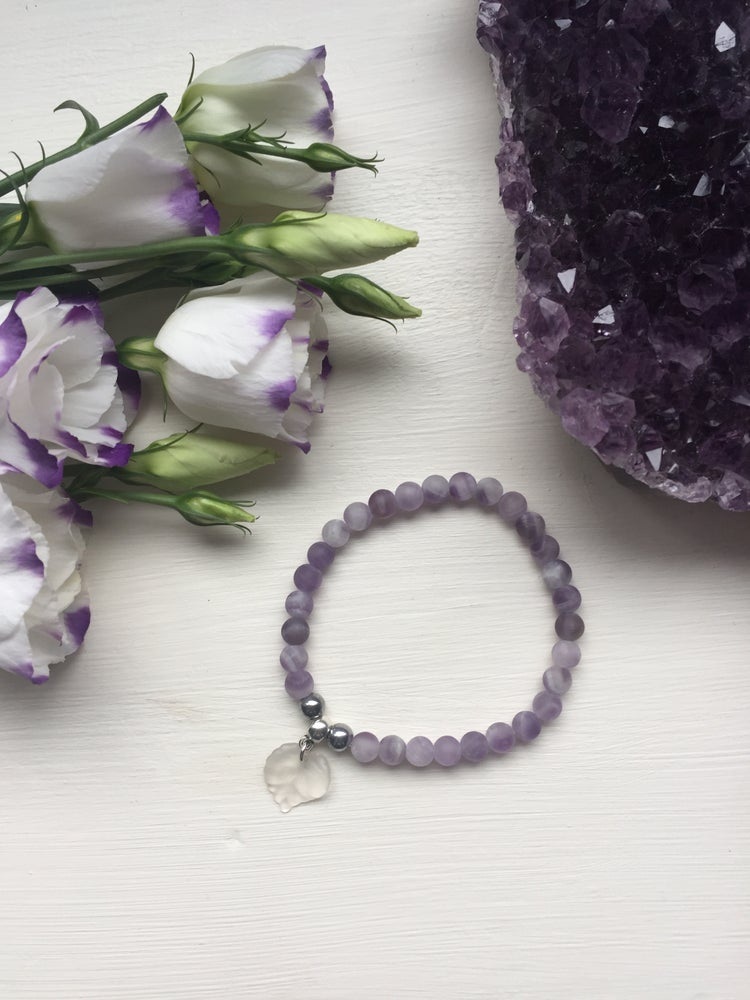 Image of Soothing Frosted Amethyst bracelet